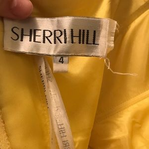 Sherri Hill Dresses - Sherri Hill yellow formal cocktail dress